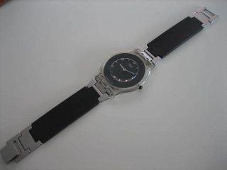 Swatch Skin Pure Black Sfk116 Getragen Batterie Ist Bild