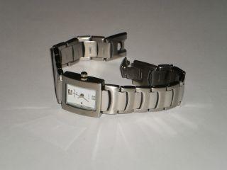 Orig.  Magnum Armbanduhr Silberfarben Neuwertig Bild