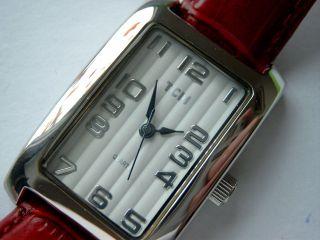 Tcm Uhr Armbanduhr - Klassisch - Edel - Neuwertig - Silber M.  Rotem Lederarmband Bild