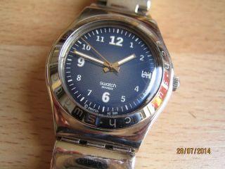 Kult Uhr: Swatch Irony Follow Ways Dark Blue Edelstahl - S Bild