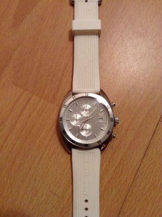 Armani Armbanduhr Bild