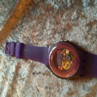 Swatch Gent Purple Lacquered Suov100 - Online Out Of Stock - Skelett Unisex Bild