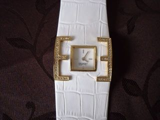 Weiße Damenuhr Von Esprit Bild