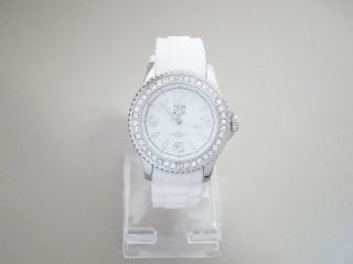 Tom Watch,  Crystal Sugar White,  44 Mm,  Wa00016 Bild