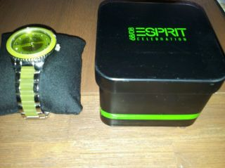 Esprit Damenuhr Marin Lucent Lime Es106192004 Neuwertig Ovp Damen Uhr Grün Top Bild