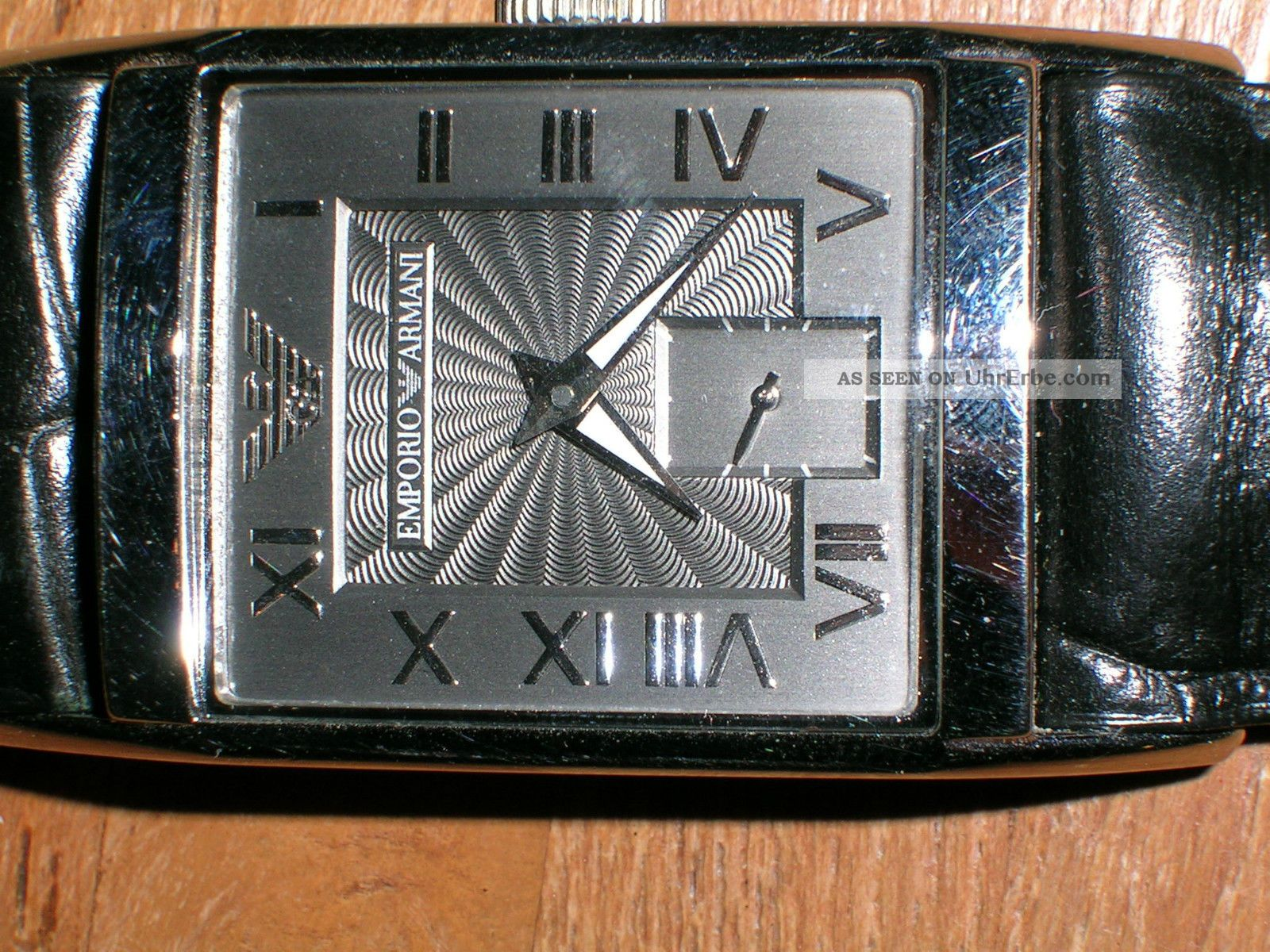 Emporio Armani Damen Armbanduhr Mit Schwarzem Lederarmband Armbanduhren Bild