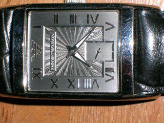 Emporio Armani Damen Armbanduhr Mit Schwarzem Lederarmband Bild