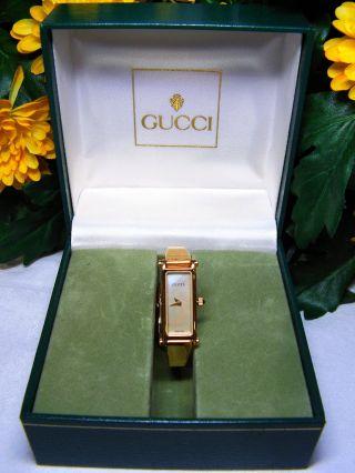 Sehr Schöne Gucci 1500 Designer Damen - Armbanduhr Spangenarmbanduhr Damenschmuck Bild