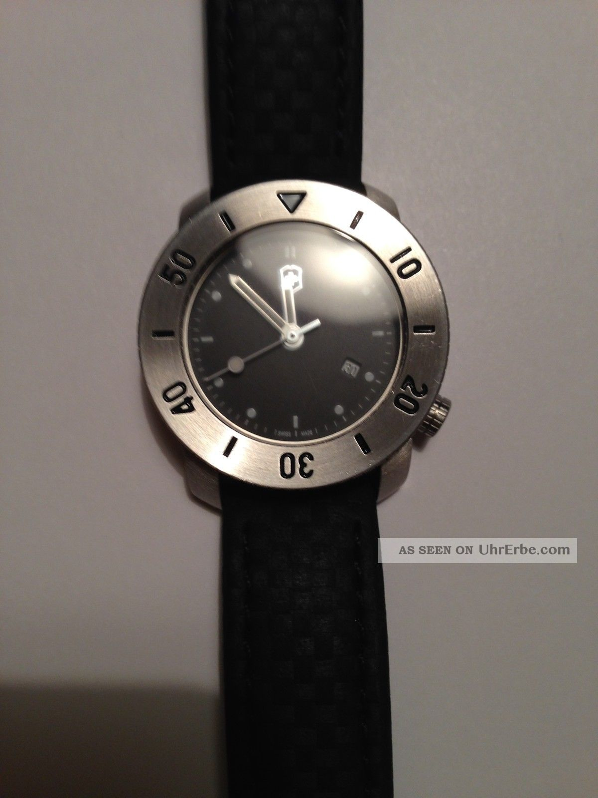 Victorinox Armbanduhr Edelstahl Analog Water - Resistant (10 Bar) Made In Swiss Armbanduhren Bild