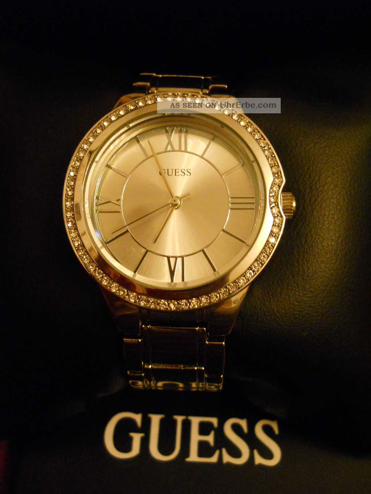 Guess Uhr Wie Moonbeam Nur Zifferblatt Silber Statt Perlmutt Kristalle Armbanduhren Bild
