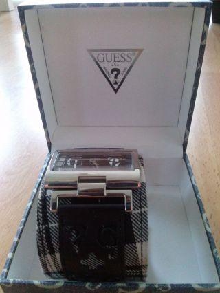 Einzigartige Guess Damen Armbanduhr Mit Tollen Details Bild