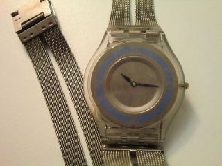 Swatch Skin Little While Blue Sfk 138m Aus 2001 Bild