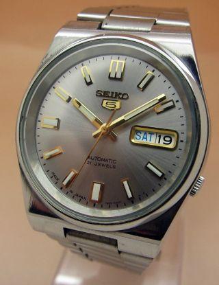 Seiko 5 Glasboden Automatik Uhr 7s26 - 0520 21 Jewels Datum & Taganzeige Bild