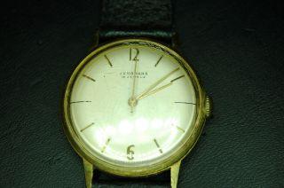 Armbanduhr Der Marke Junghans Bild