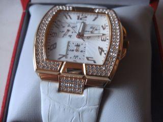 Guess Damenuhr Mit Swaroski Kristalle U.  Leder Armband,  Neue Batterie Bild