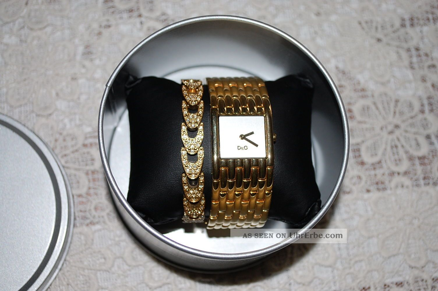 D&g Dolce Cabbana Damenuhr Time Mit Strass Goldfarbe Armbanduhren Bild