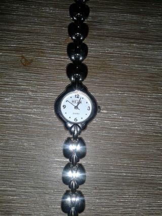 Armbanduhr Von Bugor,  Silbernes Metallband,  Batterie Leer,  Uhr Damen,  Neuwertig Bild