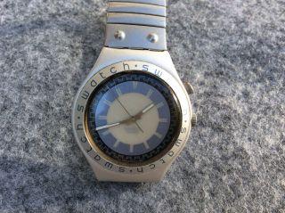 Swatch Uhr Damenuhr Armbanduhr Irony Loomi Aluminium Batterie Bild