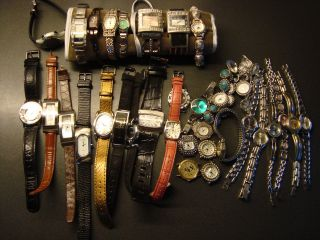 Konvolut Damen Armbanduhren 32 Stck Vers.  Marken Top Bild