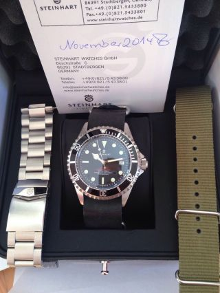 Steinhart Ocean One Vintage Double Red Inkl.  3 Bänder,  23 Monate Bild