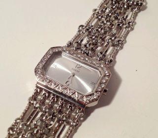 Guess Damen Armband Uhr Kettenuhr Strass Nur 1 Tag Bild