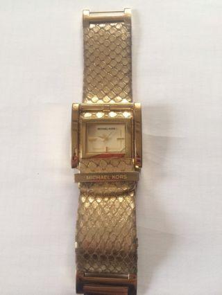Michael Kors Damen Uhr Gold Armband Leder Schlangen Muster Bild