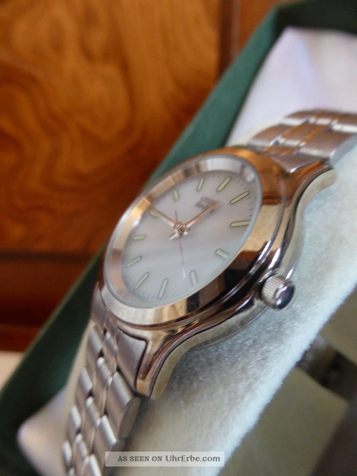 Citizen Eco Drive Armbanduhren Bild