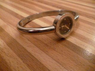 Esprit Damenuhr Uhr Spangenuhr Schwarz Silber Edelstahl Bild