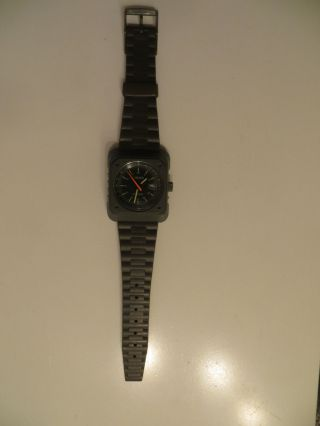 Armeegrüne Schweizer Uhr Cimier Military - Aufziehbar Bild