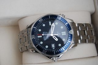 Nos Omega Seamaster Professional Chronometer Automatic 300m Diver James Bond Bild