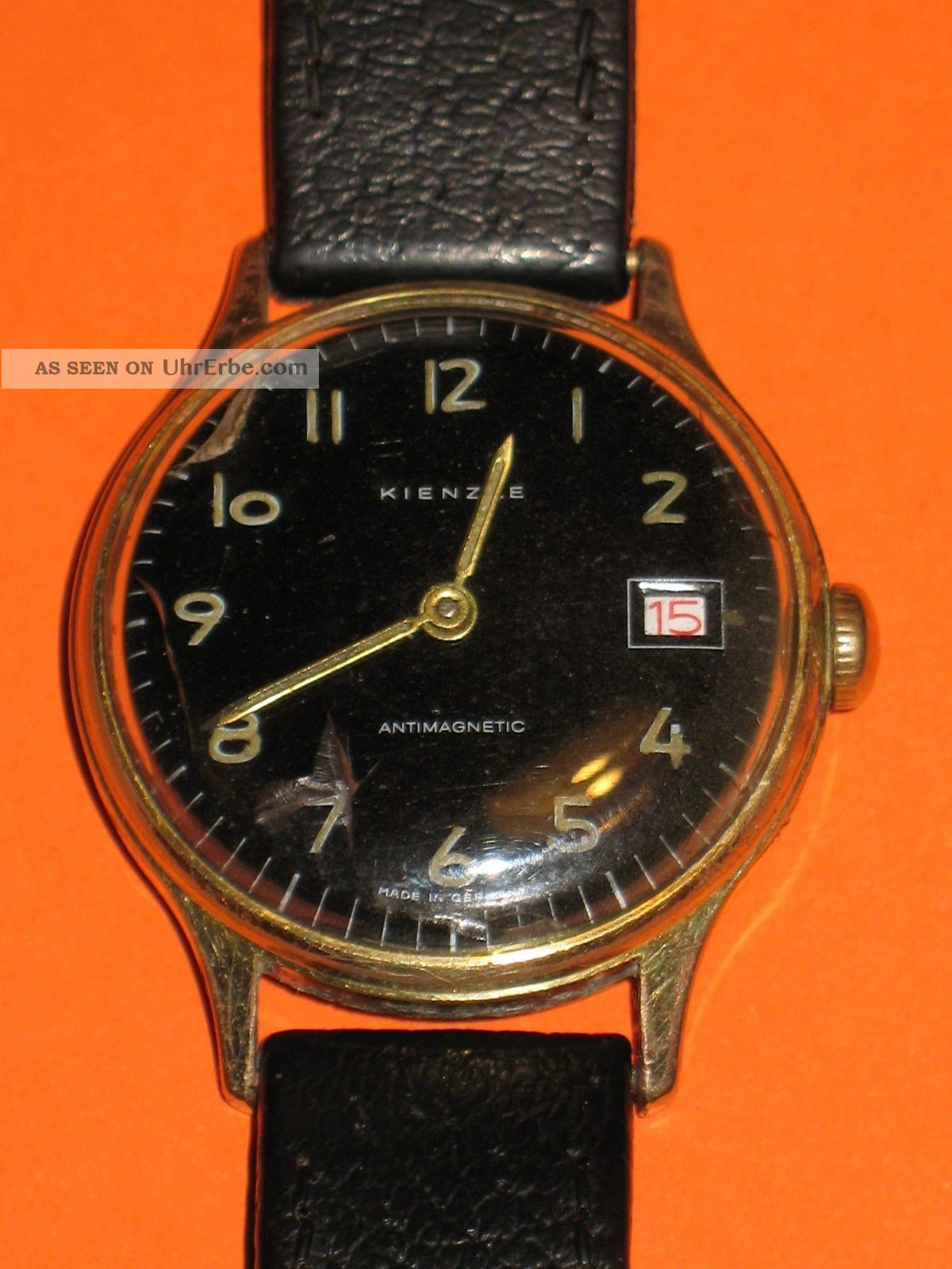 Kienzle Herrenarmbanduhr,  Kienzle - Armband Rotes Datum,  Hau Armbanduhren Bild