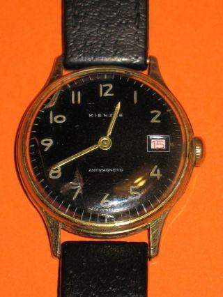 Kienzle Herrenarmbanduhr,  Kienzle - Armband Rotes Datum,  Hau Bild