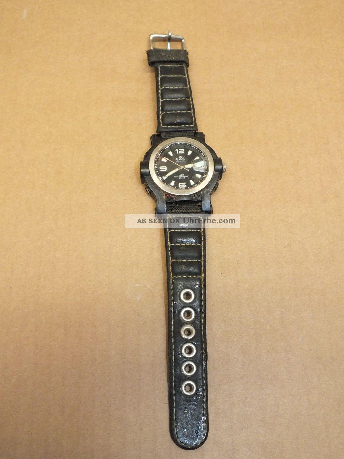 Meister Anker Herrenarmbanduhr,  Kunststoffgehäuse,  Lederarmband,  Datumsanz. Armbanduhren Bild