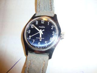 2 Armbanduhren Der Ruhlaer Uhrenbetrieb Ca.  1970/80 Bild