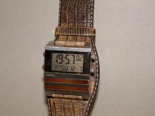 Fossil Jr - 9748 Armbanduhr Für Herren Digitaluhr Mit Neuer Batterie Bild