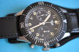 Heuer Bund Chronograph Mit Fly Back Funktion Bild