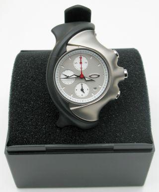 Oakley Detonator Sport Chronograph Silver - Herrenuhr - Neuwertig - Uvp War €489 Bild