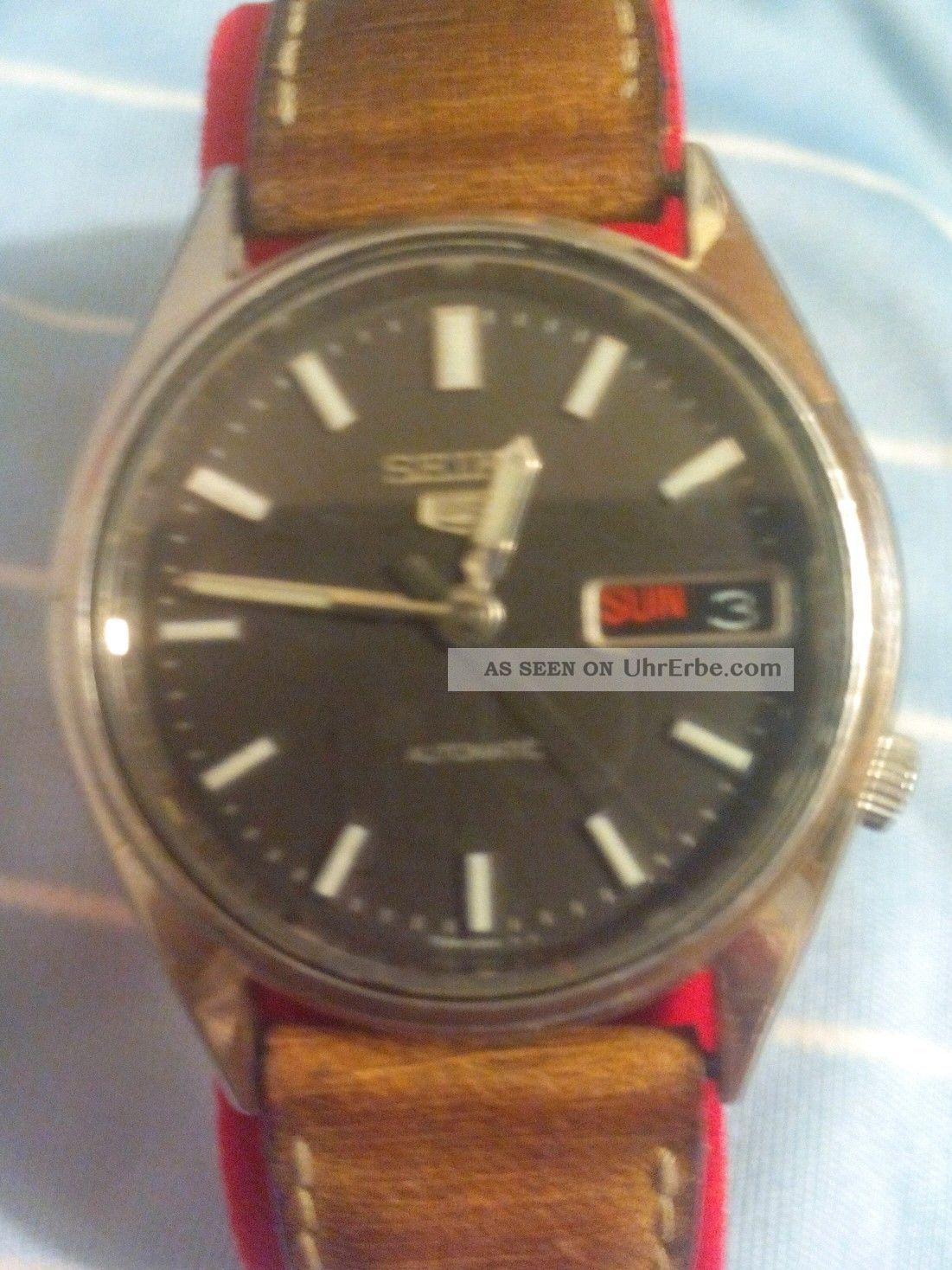Herrenarmbanduhr Seiko 5,  Automatic,  Kal.  7s26a,  90er Jahre Datum & Tag Anzeige Armbanduhren Bild
